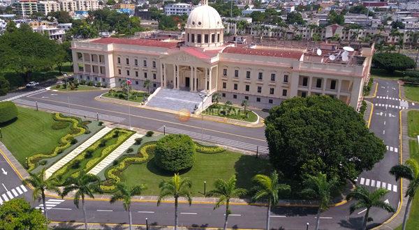 Gobierno defiende compras insumos realizó para combatir el COVID ...